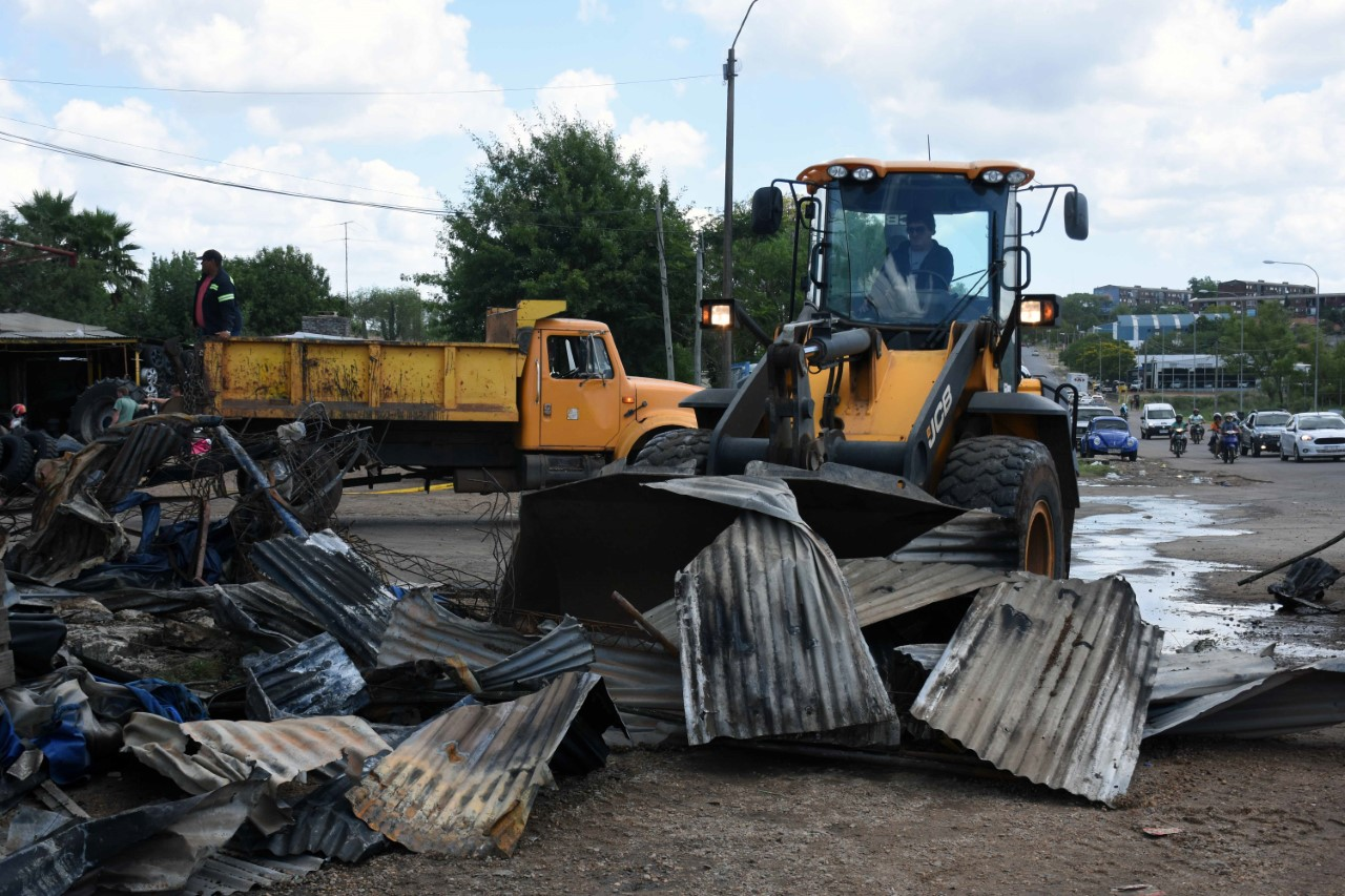 Denuncian irregularidades en la reconstrucción del bagashopping de Salto